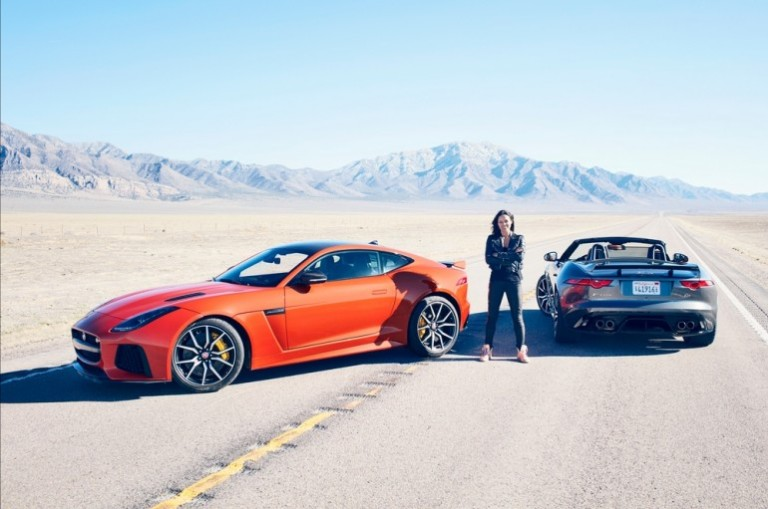 Jaguar-F-Type-SVR-Coupe-770x511