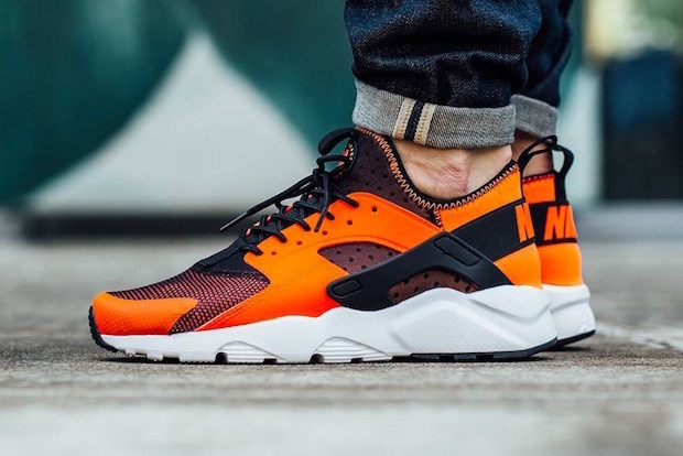 nike-air-huarache-run-ultra-total-crimson-1