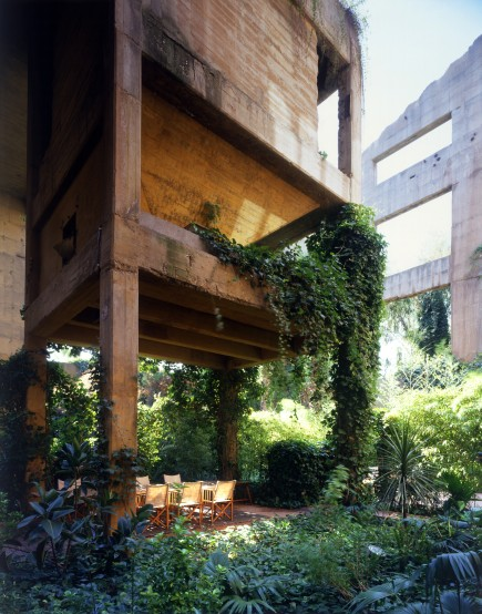 Ricardo_Bofill_Taller_Arquitectura_SantJustDesvern_Barcelona_Spain_PrivateSpaces