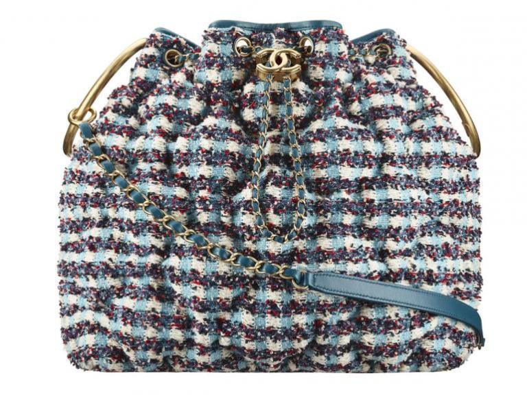 Chanel-Cuba-Multicoloured-tweed-drawstring-bag-770x578